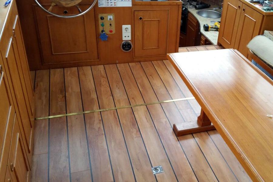 Fußboden Yacht ~ Pershing sportliche luxusyacht der superlative richtigteuer
